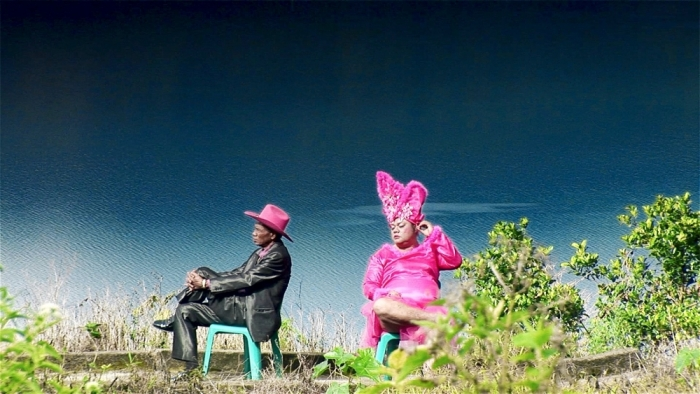 act-of-killing-the-2012-010-anwar-and-herman-lounging-in-pink
